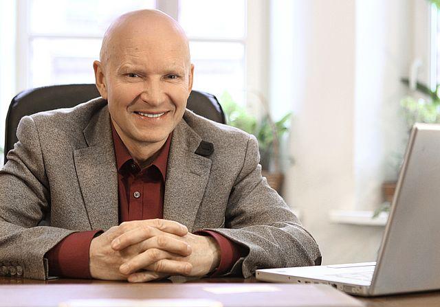 le professeur Konstantin Korotkov